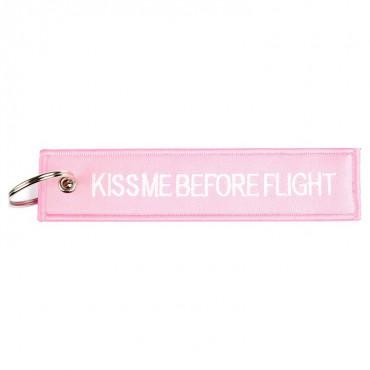 Klíčenka KISS ME BEFORE FLIGHT RŮŽOVÁ